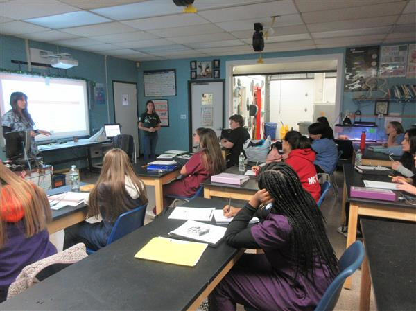 Dr. Waters DVM visits Animal Science