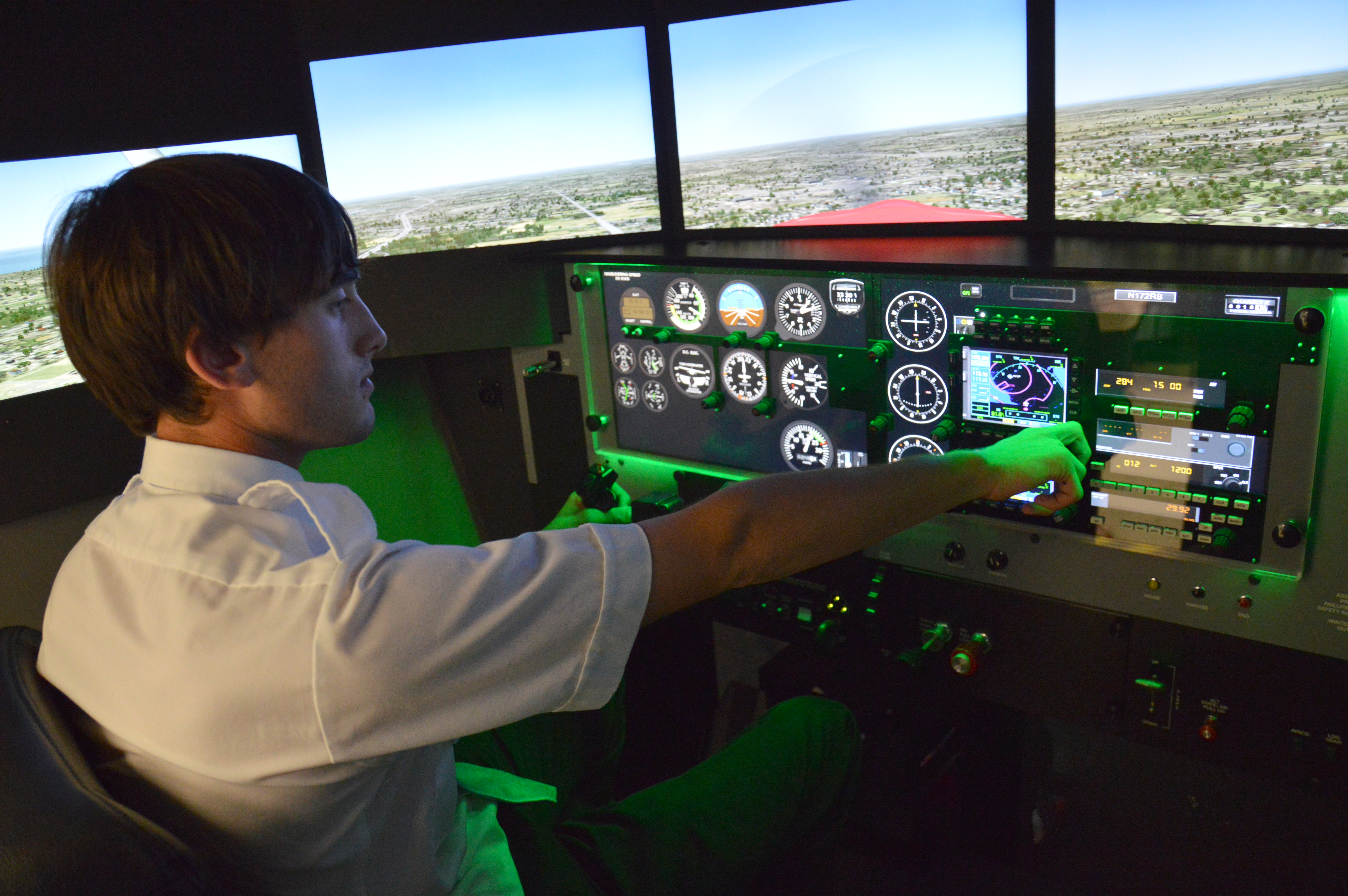 Professional Pilot Student Puts His Flying Skills To The Test In Our New Flight Simulator