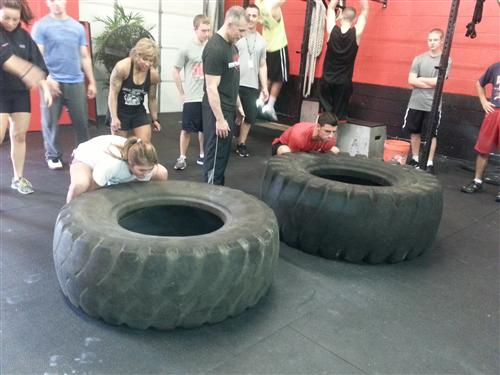 Students working out at Spartan Performance